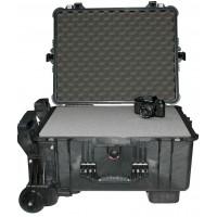 Кейс Pelican 1610M Protector Mobility Case с усиленной колесной базой с поропластом черный 016100-0009-110E