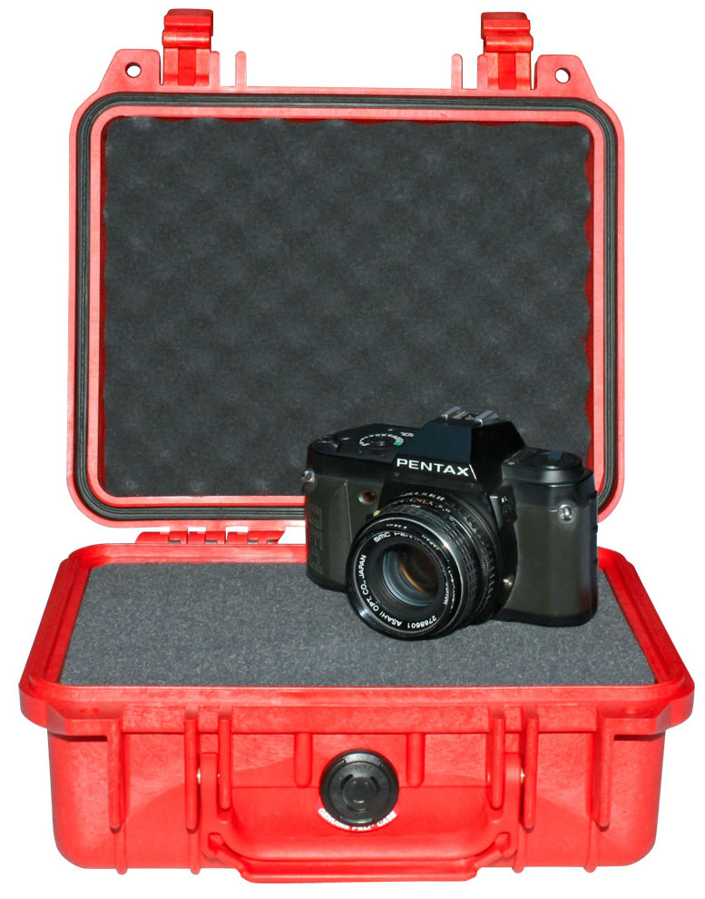 Pelican 1200 Protector Case с поропластом красный 1200-000-170E